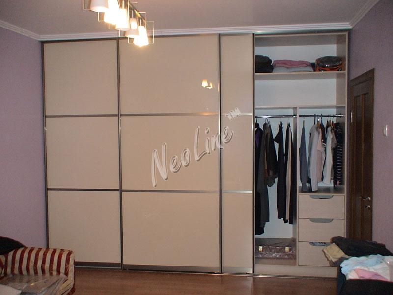 Шкафы купе со стеклом